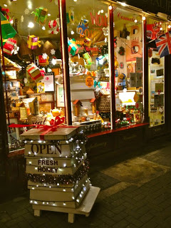 Shop-Window-Xmas-2011