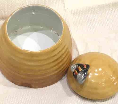 Clarice Cliff, Newport Pottery, Burslem, England Honeypot-1930s