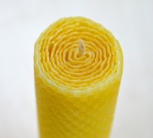 Beeswax Banquet Candle-3