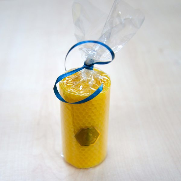 Chunky Tall Beeswax Honeycomb Candle-3